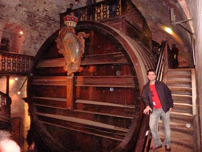 El barril de vino ms grande del mundo - Barril de vino ...